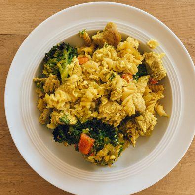 glutenfreier-nudelauflauf-mit-brokkoli-und-pute
